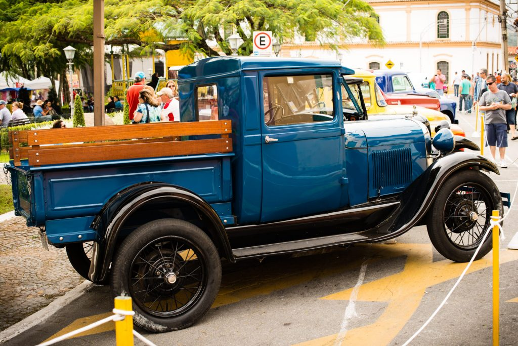 """Ford Pick-up"" — 13º Show de Autos Antiguos en Santana de Parnaíba, Brasil, 2014"