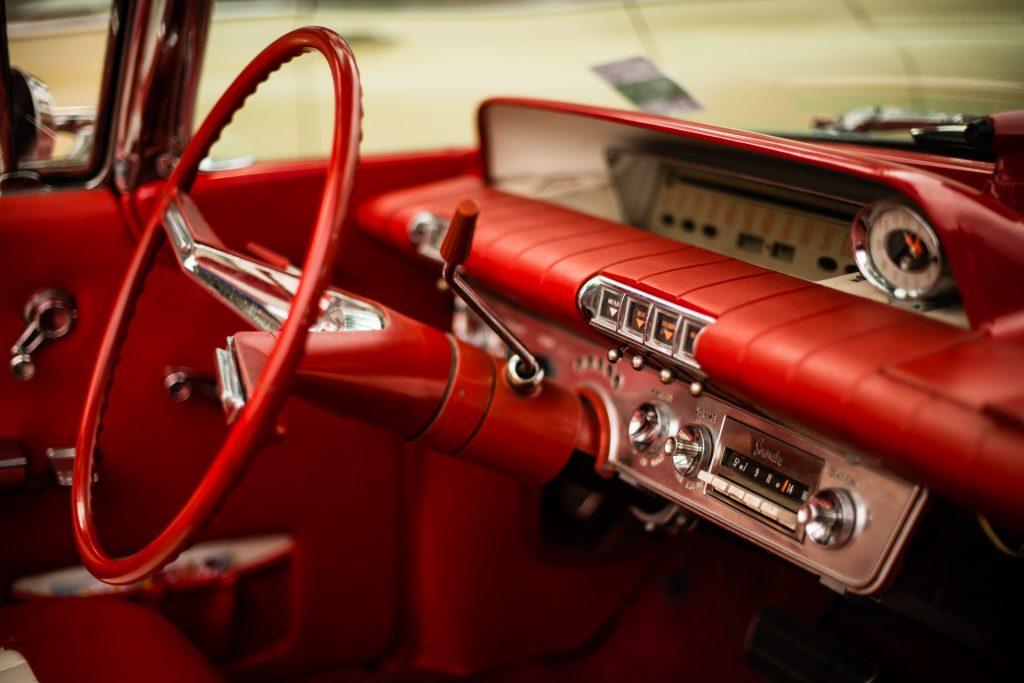 """""""Buick LeSabre"""" — 13º Show de Autos Antiguos en Santana de Parnaíba, Brasil, 2014"""